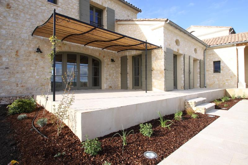 NEW Luxury house in the South, near Nimes - Image 1 - Garrigues-Sainte-Eulalie - rentals