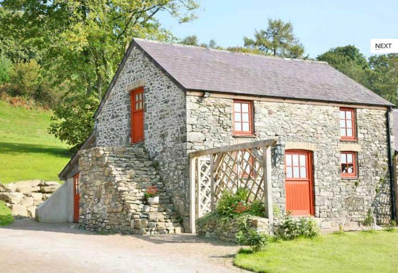 Barley Cottage - Listed Heritage, Gorgeous 5 star Holiday Cottage - Llanwrda - rentals