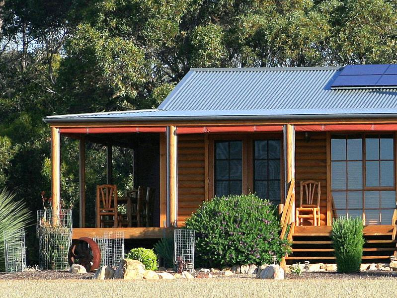 The Mary Ellen Log Cabin - Eleanor River Homestead - Kangaroo Island - rentals