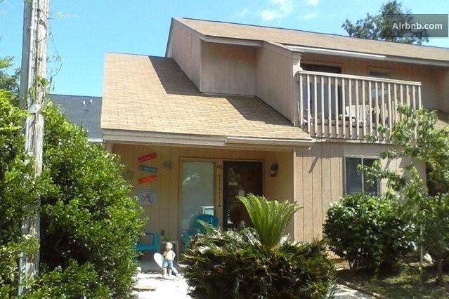 Welcome to Grampa Jacks's Beach House!! - Pet-Friendly, Student-Friendly Myrtle Beach Condo - Myrtle Beach - rentals