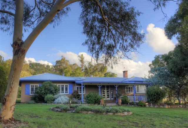 James Farmhouse - James Farmhouse & Cottages - Ballandean - rentals