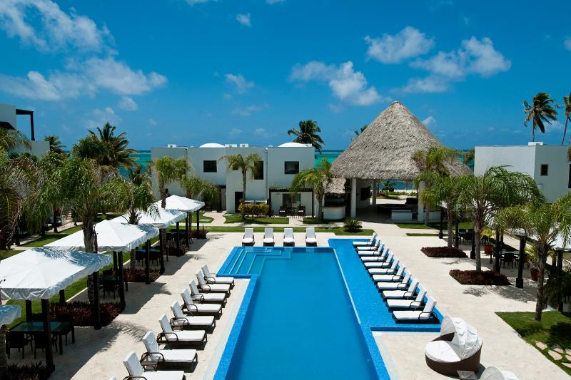 Las Terrazas Resort - our signature shote with our 70' pool - Ocean Front Villa - 3 BR Luxury on the Beach - San Pedro - rentals