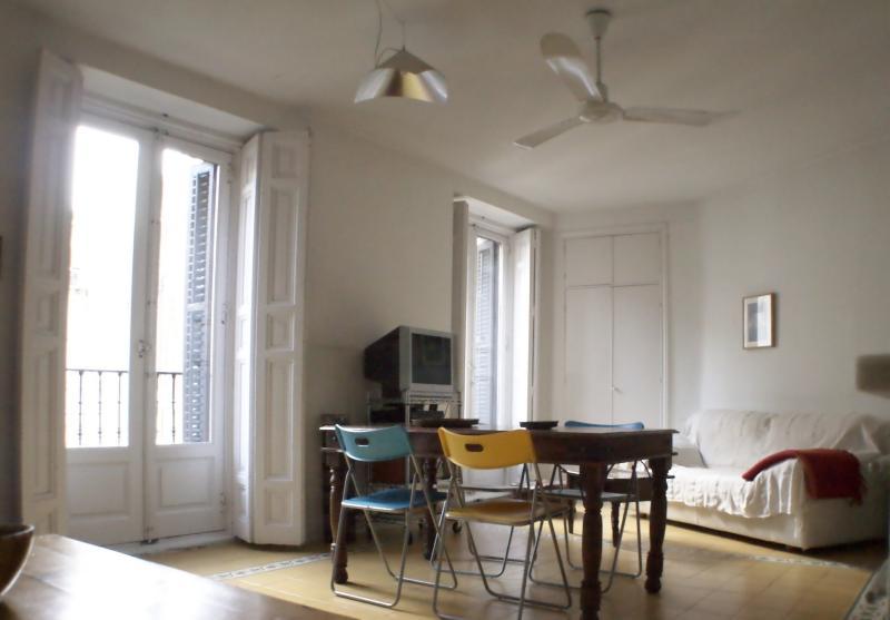 1 Bedroom apartment Gran Via Callao - Image 1 - Madrid - rentals