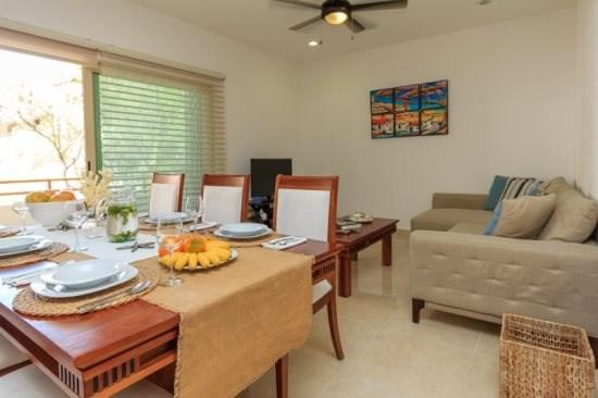 Real Zama - living/dining area - Tulum vacation rentals - Real Zama Condo Jasmine - Playa del Carmen - rentals