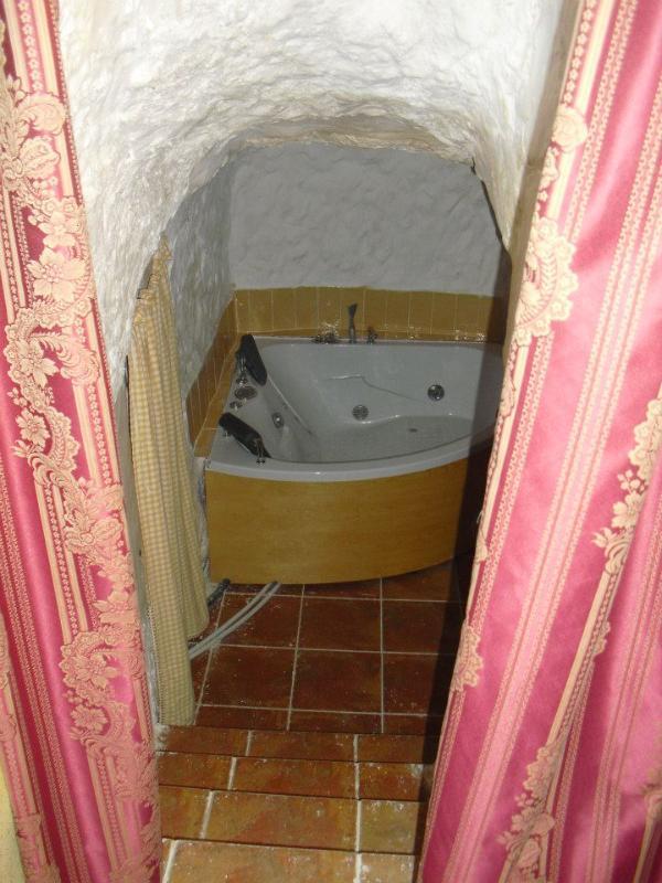 Entrada a habitación cueva con jacuzzi - Casa Rural Cueva con Jacuzzi Paraíso del Júcar - Alcala del Jucar - rentals