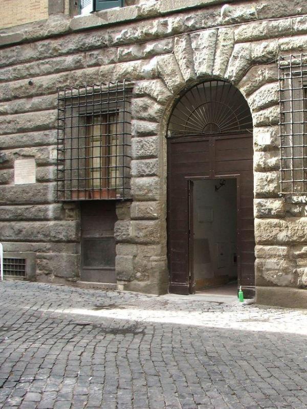 main entrance - XVI Century charming Piazza Navona apt ( sleeps 4 ) - Rome - rentals