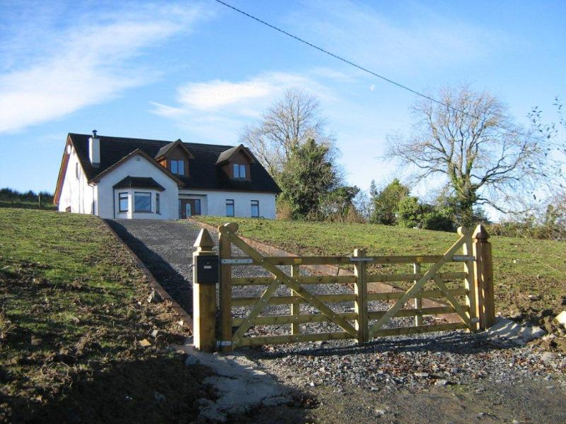 Large Irish Country Home - New Large Irish Country Home on Acre of Farmland - Northern Ireland - rentals
