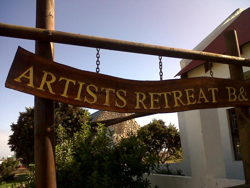 Front entrance and name board - Artist's Retreat B&B / Gallery - Western Cape - rentals