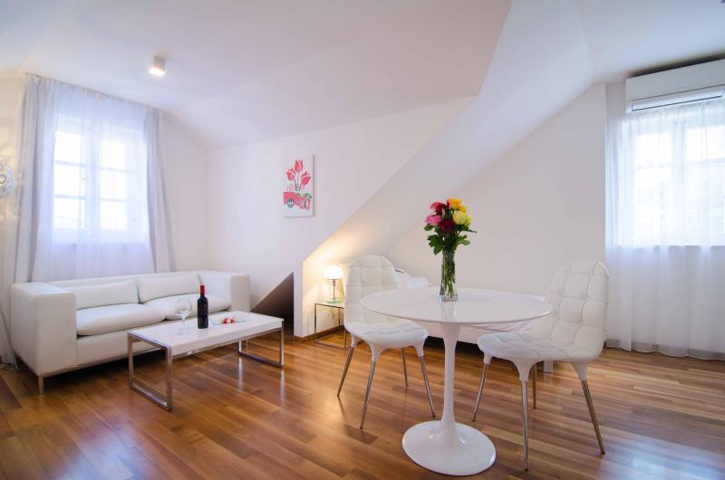 Bedroom - Divota apartment hotel - Deluxe twin studio 303 - Split - rentals