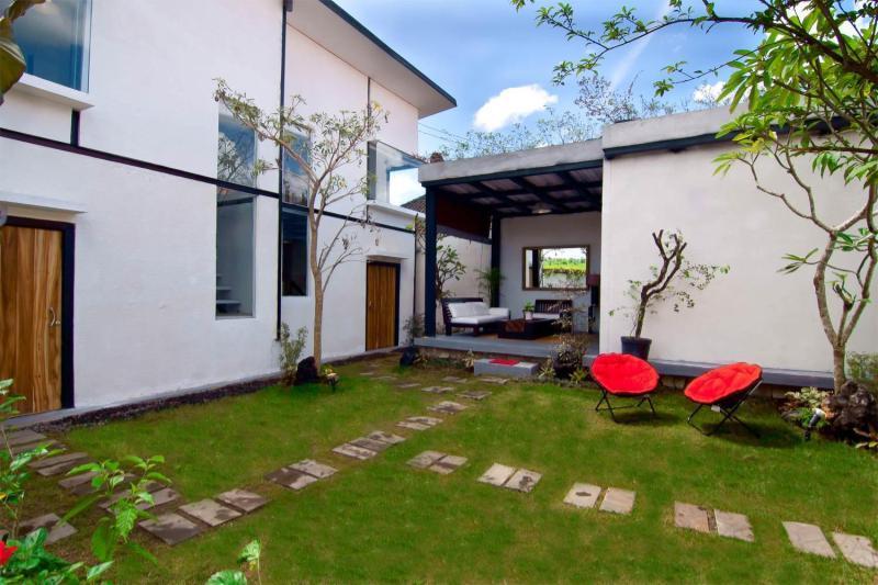 The Outdoor - SAKAWESI, Stunning Duplex Pavilions - Sukawati - rentals