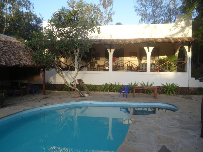 bungalow & pool - Comfortable bungalow, private pool, chef, close to - Kilifi - rentals