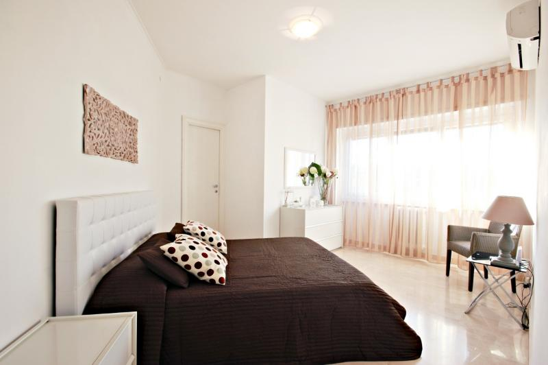 bedroom - INNTRASTEVERE HOUSE - Rome - rentals