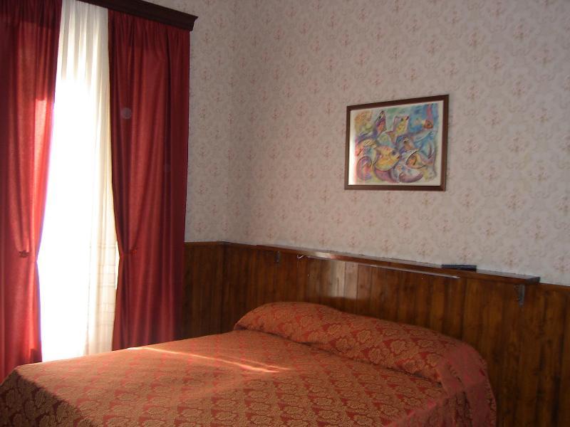Red Room - B&B Aria di Mare - Trapani Sicily - Trapani - rentals