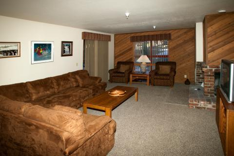 Aspen Creek Recently Updated 2 Bedroom Condo ~ RA454 - Image 1 - Mammoth Lakes - rentals