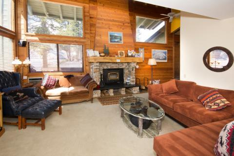 Rainbow Villas Townhouse Style Condo with Sunny Exposure ~ RA529 - Image 1 - Mammoth Lakes - rentals