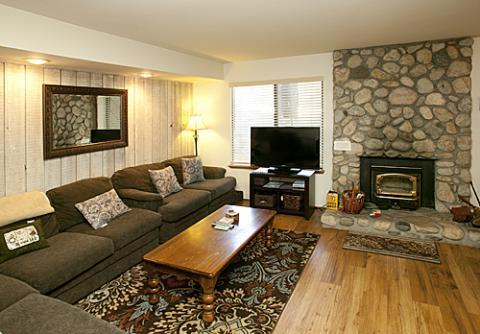 Sunshine Village Condo with Luxurious Atmosphere ~ RA572 - Image 1 - Mammoth Lakes - rentals