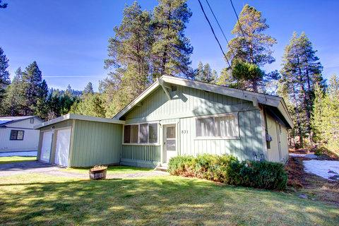 Fantastic Pet Friendly Cabin on Outskirt of Town ~ RA677 - Image 1 - South Lake Tahoe - rentals