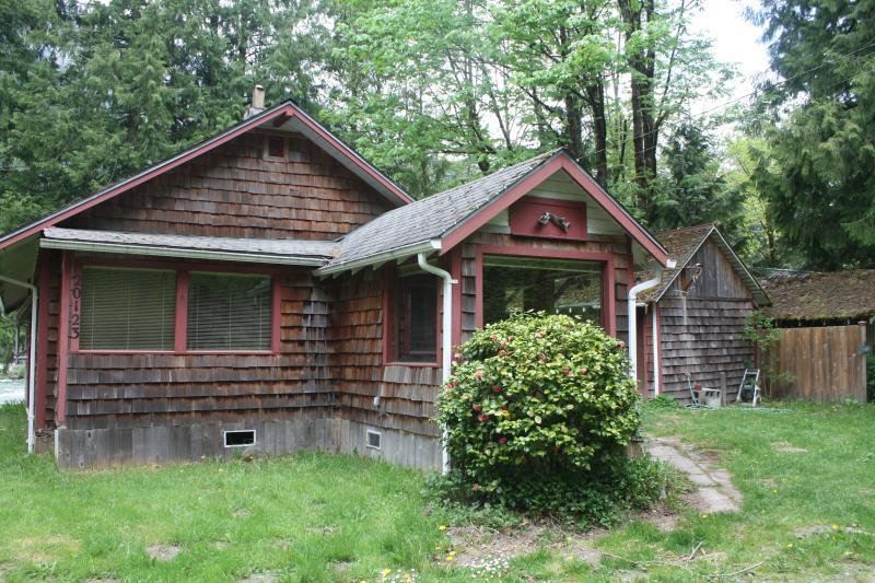 Caddis Cabin - Riverfront on the Skykomish - Index - rentals