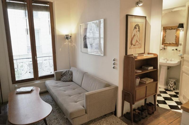 Beautiful & comfy 1 bedroom apartment in trendy 9! - Image 1 - Paris - rentals