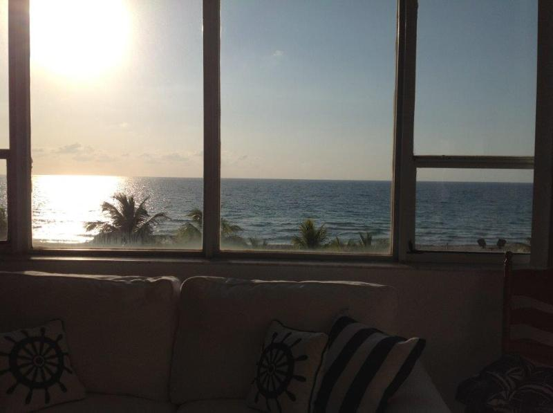 View from alcove - Direct ocean view tropical getaway in Miami Beach - Miami Beach - rentals