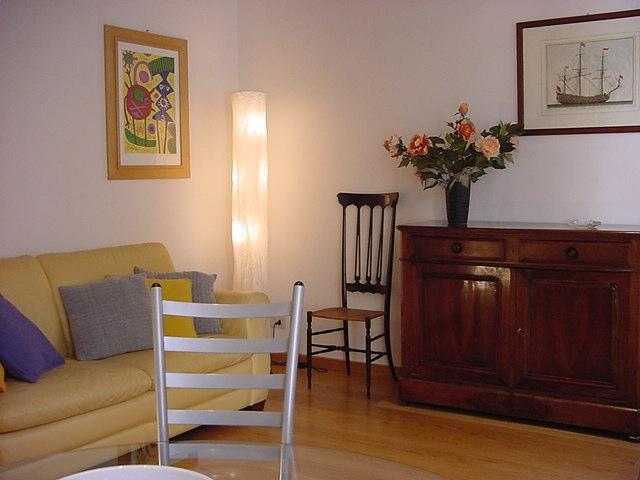 Apartment Barberini holiday vacation apartment rental italy, rome, near spanish steps, trevi fountain, holiday vacation apartment to rent to - Image 1 - Rome - rentals