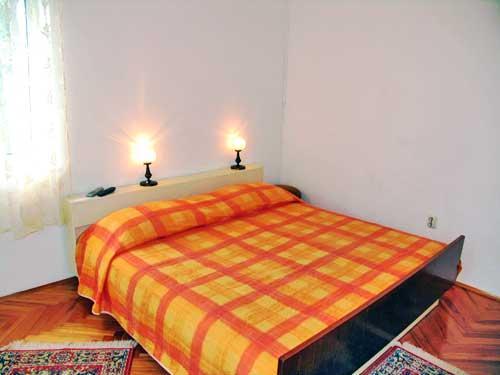 Apartments Juranović - 31581-A2 - Image 1 - Makarska - rentals
