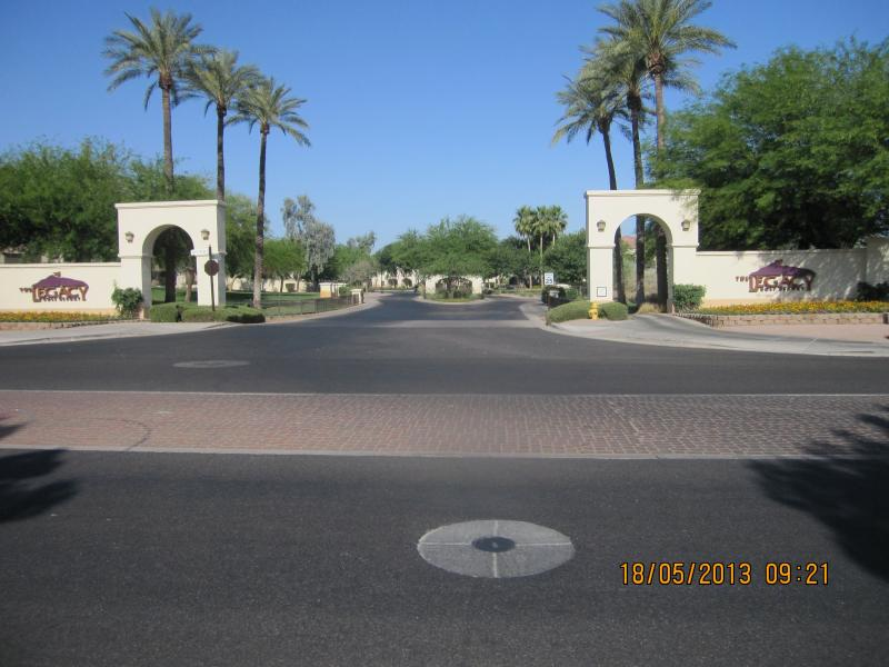 Entrance to Cachet at the Legacy Condos - Beautiful Upscale Golf Getaway Condo - Phoenix - rentals