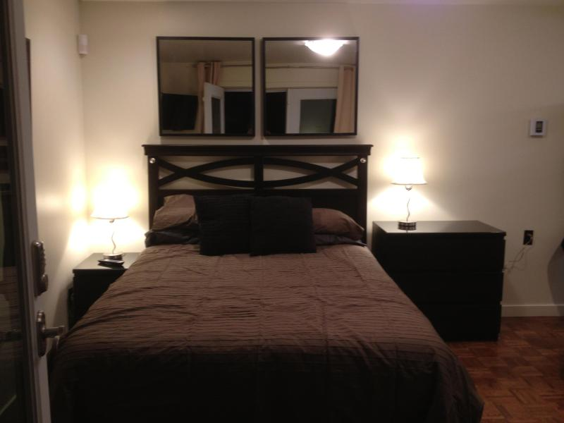 Pillow top bed awaits you! - Well located Montreal Microsuite - Montreal - rentals