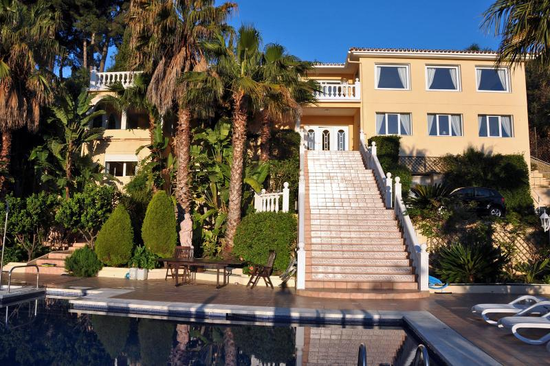 View of villa from the pool - Exclusive villa on the Costa del Sol, 12-16 guests - Torremolinos - rentals