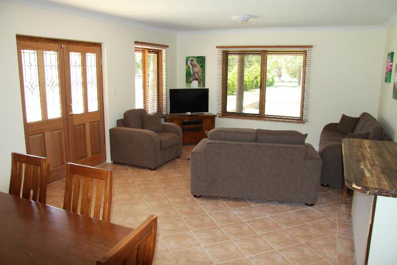 Karinya - 2 bedroom fully self-contained suite - Perth Horse Riding Centre - Perth - rentals