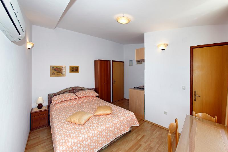 Beautiful apartment EMMA 5 ( 2+0  ) - Image 1 - Orebic - rentals