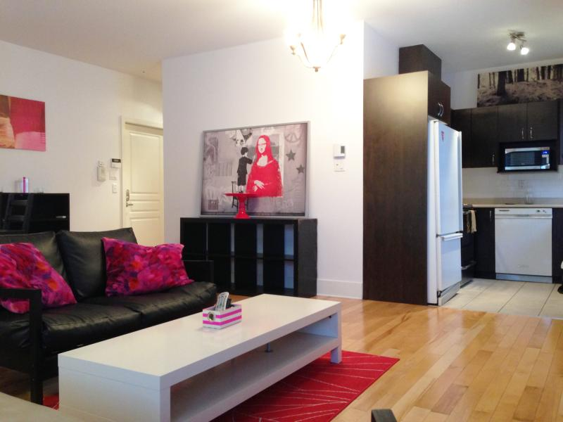 The Lotus - 2 Beds, 1 Bath - Image 1 - Montreal - rentals