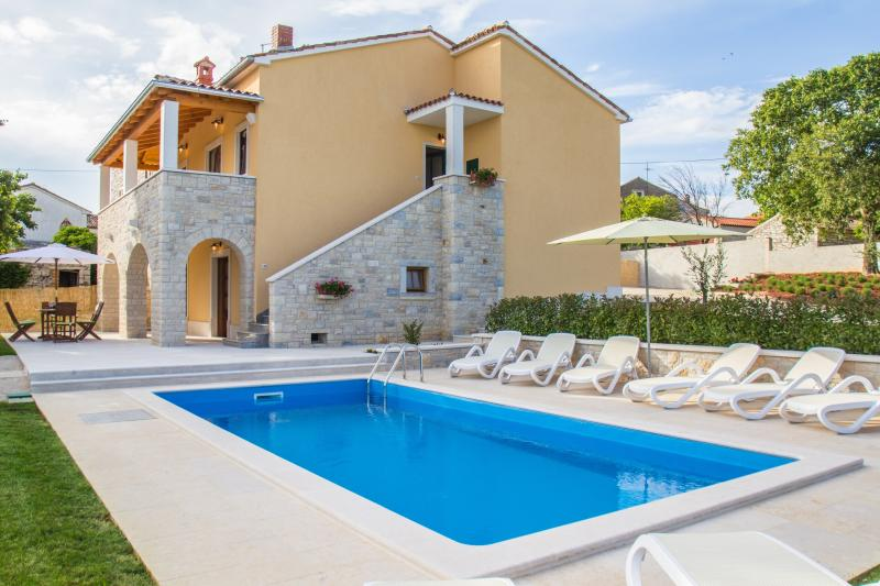 Beautiful Villa near Vrsar - Image 1 - Vrsar - rentals