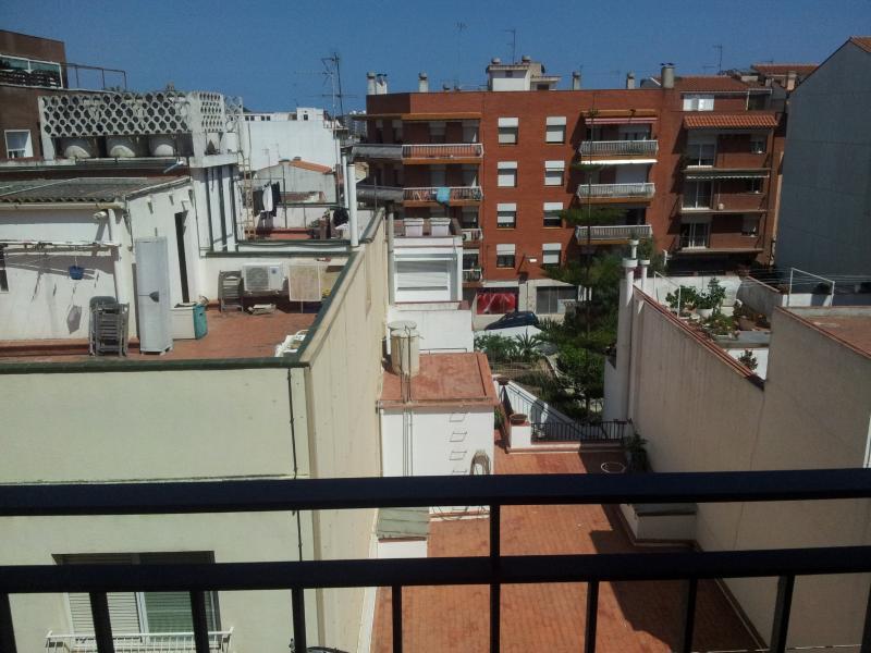 Apartment for 8, close to the beach - Image 1 - Canet de Mar - rentals