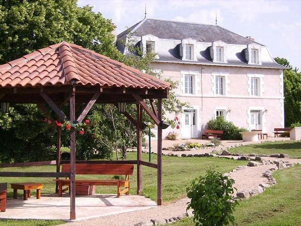 Le Grand Etang - Lovely Estate in France - Saint-Saud-Lacoussiere - rentals
