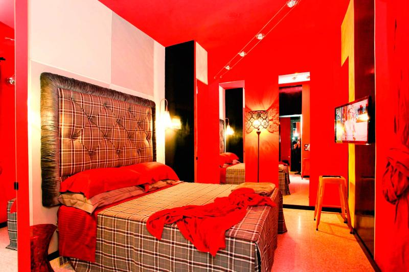 Double Bedroom - Apartment Colosseum - Max 2 Persons with Balcony - Rome - rentals
