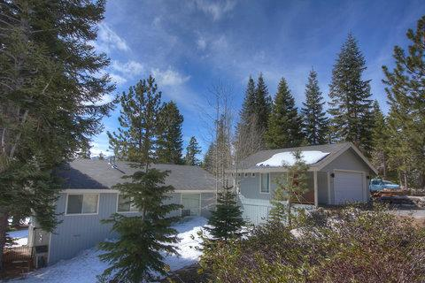 Mountain Home Nestled in Majestic Pines ~ RA849 - Image 1 - Stateline - rentals