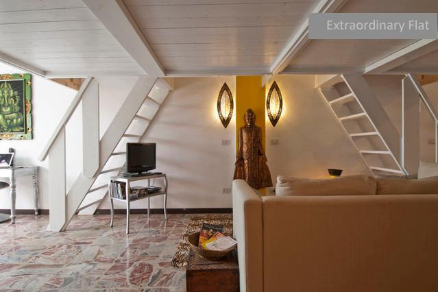 Entrance - Extraordinary flat + private garden - Milan - rentals