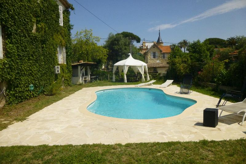 pool - French Riviera Vacation Rental with WiFi, Antibes - Juan-les-Pins - rentals