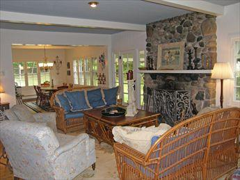 Living Room - Idylwilde Cottage 117297 - Harbor Springs - rentals
