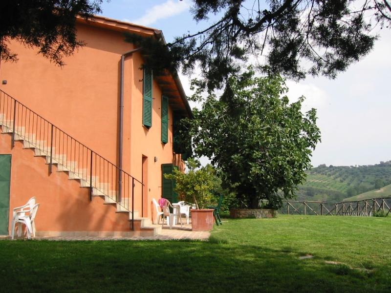 The apartements in the farmhouse - Farmhouse la volpe e l'uva - Apartment Riding - Perugia - rentals