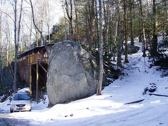 TWO ROCK TREEHOUSE - Summer Time $115 IN THE MIDST OF IT ALL - Banner Elk - rentals