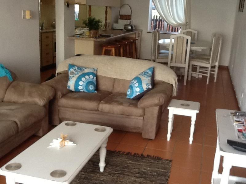 Living room - Holiday apartment - Scottburgh - rentals