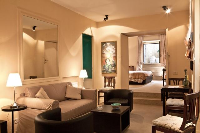 Roman Chic One Bedroom - A/C, Heating & Terrace - Image 1 - Rome - rentals