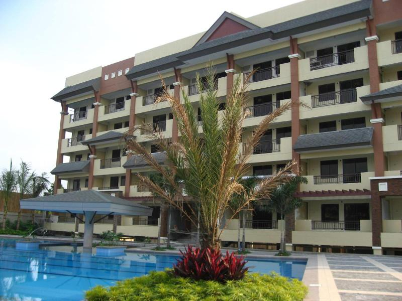 Magnolia Place Condominium - Magnolia Place Resort Inspired Condo at QC - Quezon City - rentals