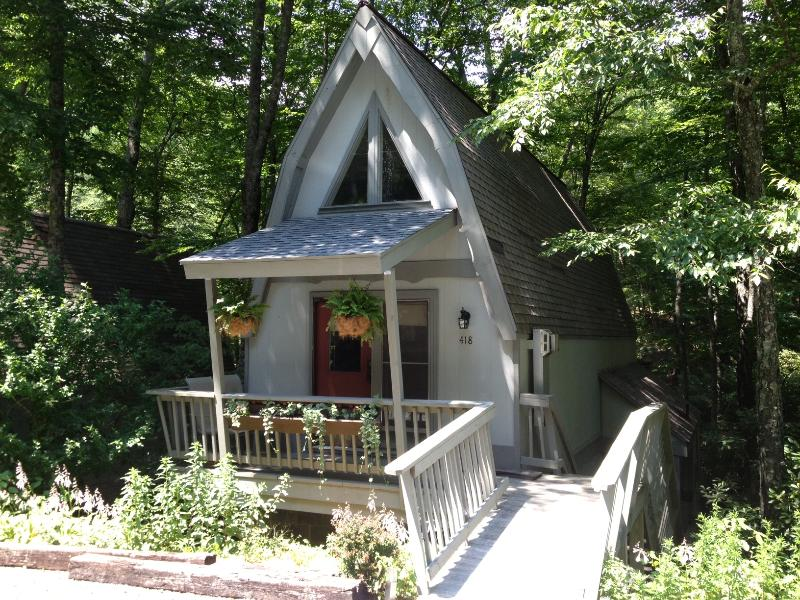 front of house with stairway to lower unit - Blowing Rock Chalet near App Ski Mtn - Blowing Rock - rentals