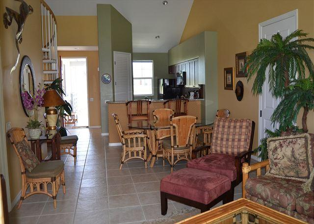 Living Room with high ceilings - Fully Equipped Luxury Condo with Amazing Views and Beautiful Unit! - Waikoloa - rentals