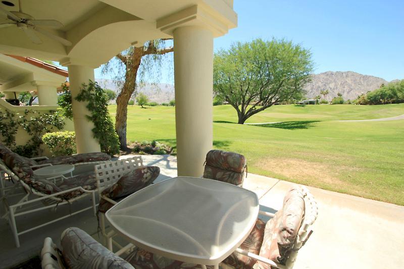 Spacious 3BR Golf Villa in PGA West on the Course - Image 1 - La Quinta - rentals