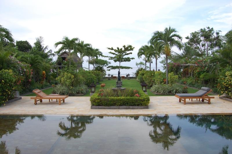 View from villa to pool, garden & sea - Beach Front Paradise in North Bali - 15% OFF - Lovina - rentals