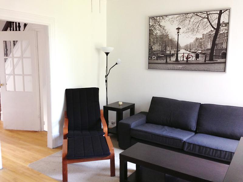 The Orchid - 3 Beds, 1 Bath - Image 1 - Montreal - rentals